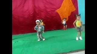 preview picture of video 'PERINGATAN HARI KARTINI 2012 TK.MAWAR DDI MUARA JAWA  KUKAR'