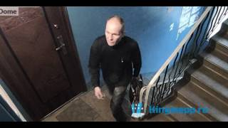 ЭКСКЛЮЗИВ: вор попался на камеру в подъезде! Видео ПРЕСТУПЛЕНИЯ в Кингисеппе. KINGISEPP.RU