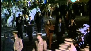 Asunción De Néstor Kirchner Saludo Desde El Balcón De La Casa Rosada 2003 Parte III