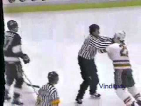 Laurie Boschman vs. Rob Blake