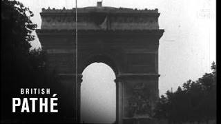 Us Troops Parade In Paris (1944)