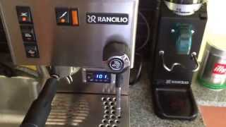 Making an espresso with a Rancilio Silvia w/PID and Rancilio Rocky grinder.