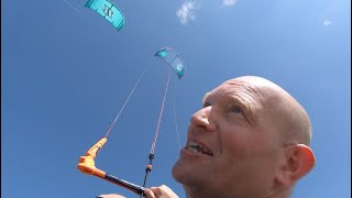 North Reach vs Duotone Evo 2020 | Freeride Kite Test