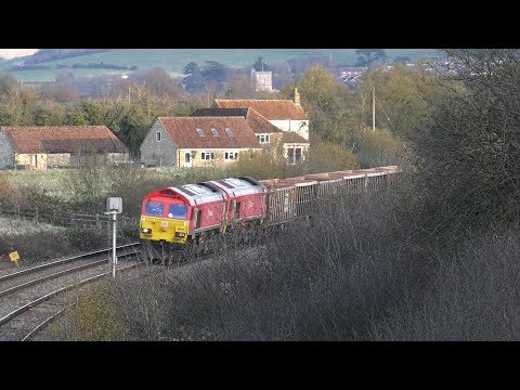 Freight at Westbury Station and Fairwood Junction 29th Novem…
