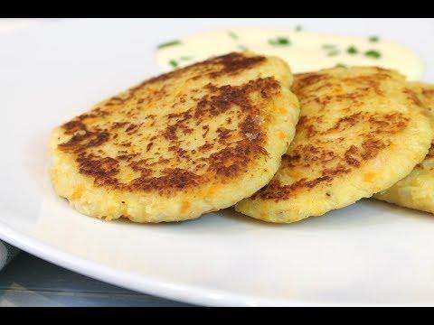 Tortitas de coliflor y zanahoria con y sin Thermomix | Receta fácil