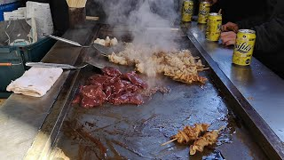 【西成・やまき】ホルモン20本の大量注文《Eng guide in description》JPN street food. Making teppanyaki (horumon-yaki) .