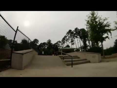 Bloodtooth skate team - one day at Deshong Skatepark