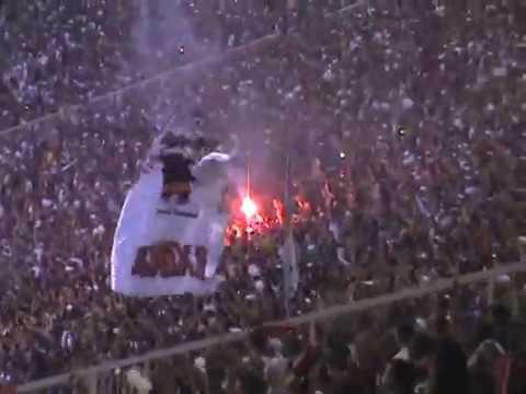 Chora Vascaíno o Sonho acabou Torcida do Flamengo Maraca Antigo