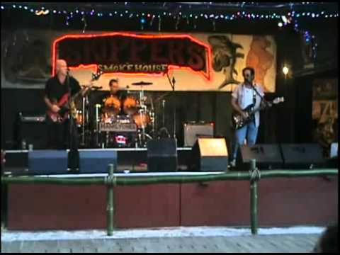 It Ain't the Meat performed by The Hamiltones Video by The Hamiltones - Myspace Video.flv