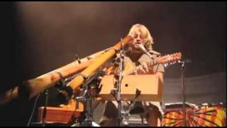 Amazing musical performance Video Xavier Rudd