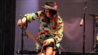 """Gonna Make That Man Mine"" - Angela Perley & The Howlin Moons"