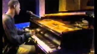 Brian McKnight- crazy love (live)
