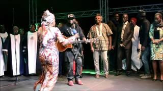 Angelique Kidjo & Youssour N'Dour -Redemption Song @Amnesty In Award Dakar 28052016
