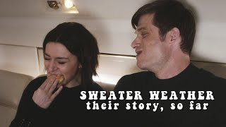 Amelia & Link - Sweater weather