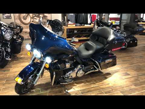 2013 Harley-Davidson Electra Glide® Ultra Limited in Muskego, Wisconsin
