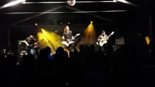 Video FLOWERWHILE - Rise Against (Live Rockové Chrlení 2017)
