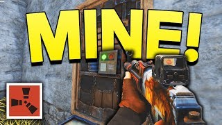 TAKING OVER A COMPOUND! - Rust SOLO Gameplay #15