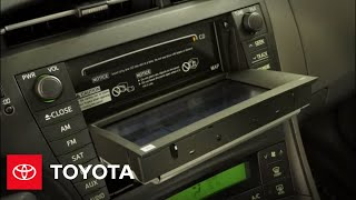 2011 Prius How-To: Playing CDs | Toyota