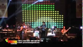 Menjilat Matahari - Ahmad Albar Feat Laskar Band