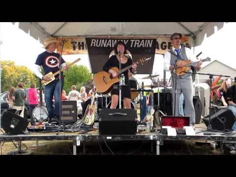 Rϋnaway Train - Cocaine Blues (The Annapolis Craft Beer and Music Festival, 10/27/12)