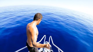 Isolating In The Deep Blue Fishing For Food Living From The Ocean - Ep 184