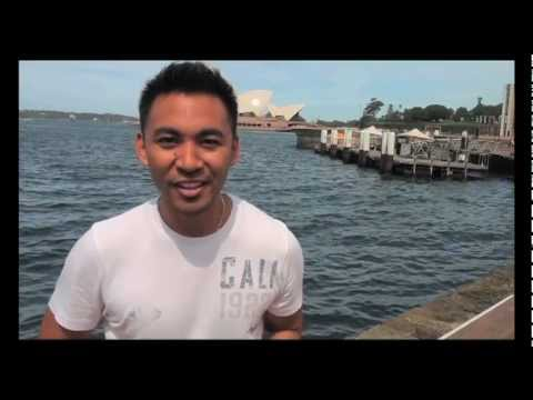 Sony Alpha A77 Camera Review: Giz Reader Video