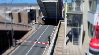 preview picture of video 'Eidersperrwerk - 'Miniatur-Film' / Tilt-Shift-Effekt'