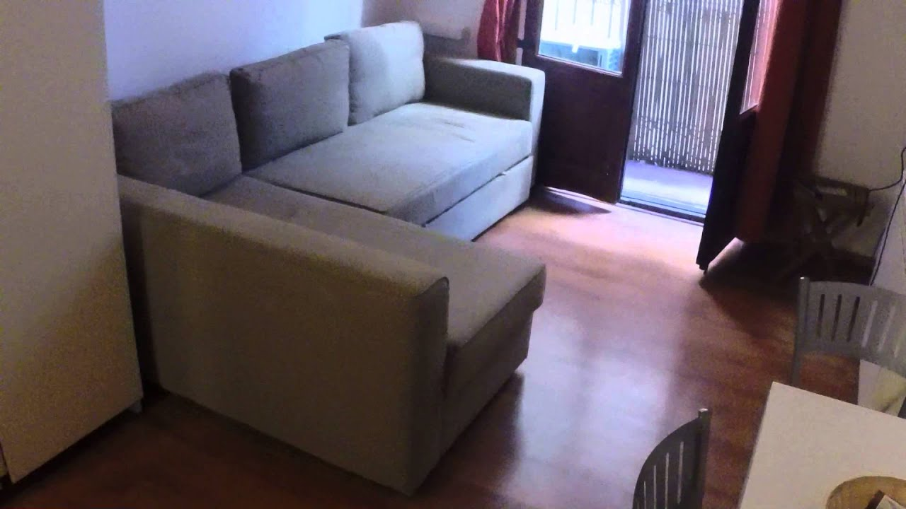 Charming studio apartment with AC for rent in El Born