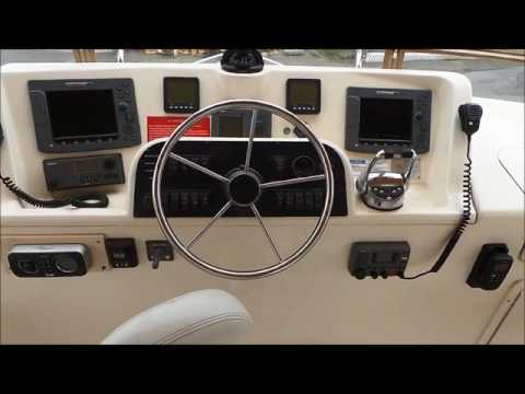 Mainship 43 Trawler video