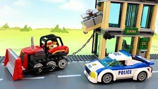 Полицейская машина Бульдозер и другие машинки у видео для детей - Лего игрушки. police car lego toys