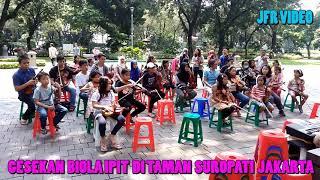 Gesekan Biola Ipit Di Taman Suropati, Menteng, Jakarta Pusat #2