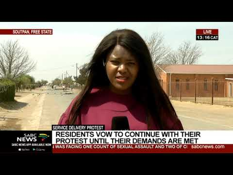 Soutpan residents vow to continue with their protest until demands are met