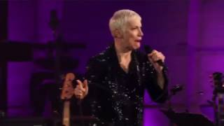 Annie Lennox   I Put A Spell On You (Live 2015)