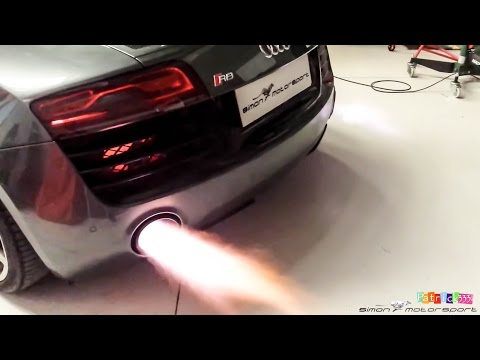 Audi R8 V10 Plus - IPE F1 exhaust sound & flames at SimonMotorSport Dubai