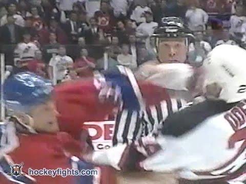 Dave Manson vs Lyle Odelein