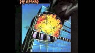 Def Leppard - Comin' Under Fire (lyrics)
