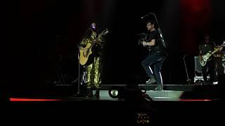 Carried Away Live Performance By H.E.R. In The O2 Arena (Front Row View)
