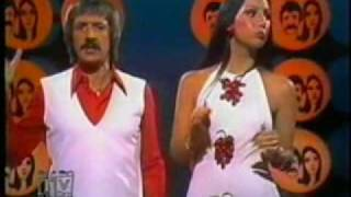Sonny&Cher - The Beat Goes On (live)