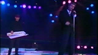 """Pet Shop Boys """"Domino Dancing""""  (Rockopop TVE1   1989)"""
