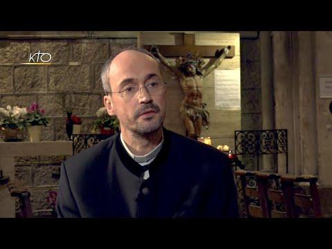 Entretien avec le curé de la basilique Notre-Dame de l'Assomption à Nice