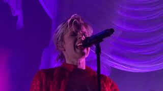 """""""Human Being"""" Robyn Live Hollywood 02.23.19"""