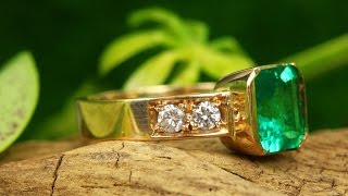 3.70tcw 18K Colombian Emerald & Diamond Solitaire With Accents Ring Cocktail