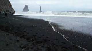 THE MOST DANGEROUS BEACH IN ICELAND....(BLACK SAND BEACH).... (VIK). 12/7/18.