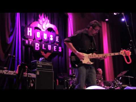 Back to Blue at the House of Blues Ninja -pa- Luau Aug 16, 2013 (Blame)