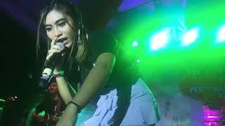 Rocktober Feat Tika Pagraky - Takut Kehilangan @Live At HUT Mangupura Ke-8 , 22.10.2017
