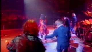 Status Quo All Around My Hat with Maddy Prior Steeleye Span From Don't Stop Video