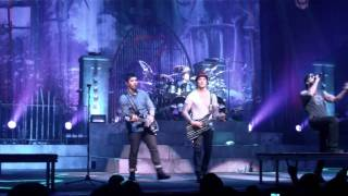 Avenged Sevenfold - Danger Line (Live, 02/13/2011)