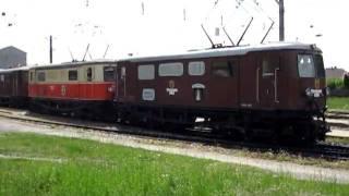 preview picture of video 'Doppeltraktion 1099 bei der Ausfahrt aus ober-Grafendorf'