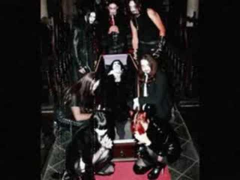 Theatres des Vampires - Une Saison En Enfer