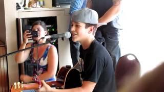 Austin Mahone singing Say Somethin'